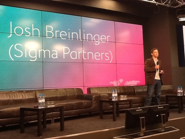 Josh Breinlinger opening up for The Art of Going Global #digitaloctober . Sasha @Lady1337 thank you for the intro!